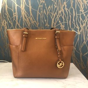 Michael Kors Leather Tote (Excellent Condition)